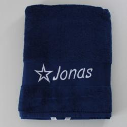 Stort marineblåt håndklæde med navn på