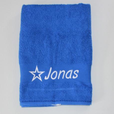 Blåt håndklæde med navn på